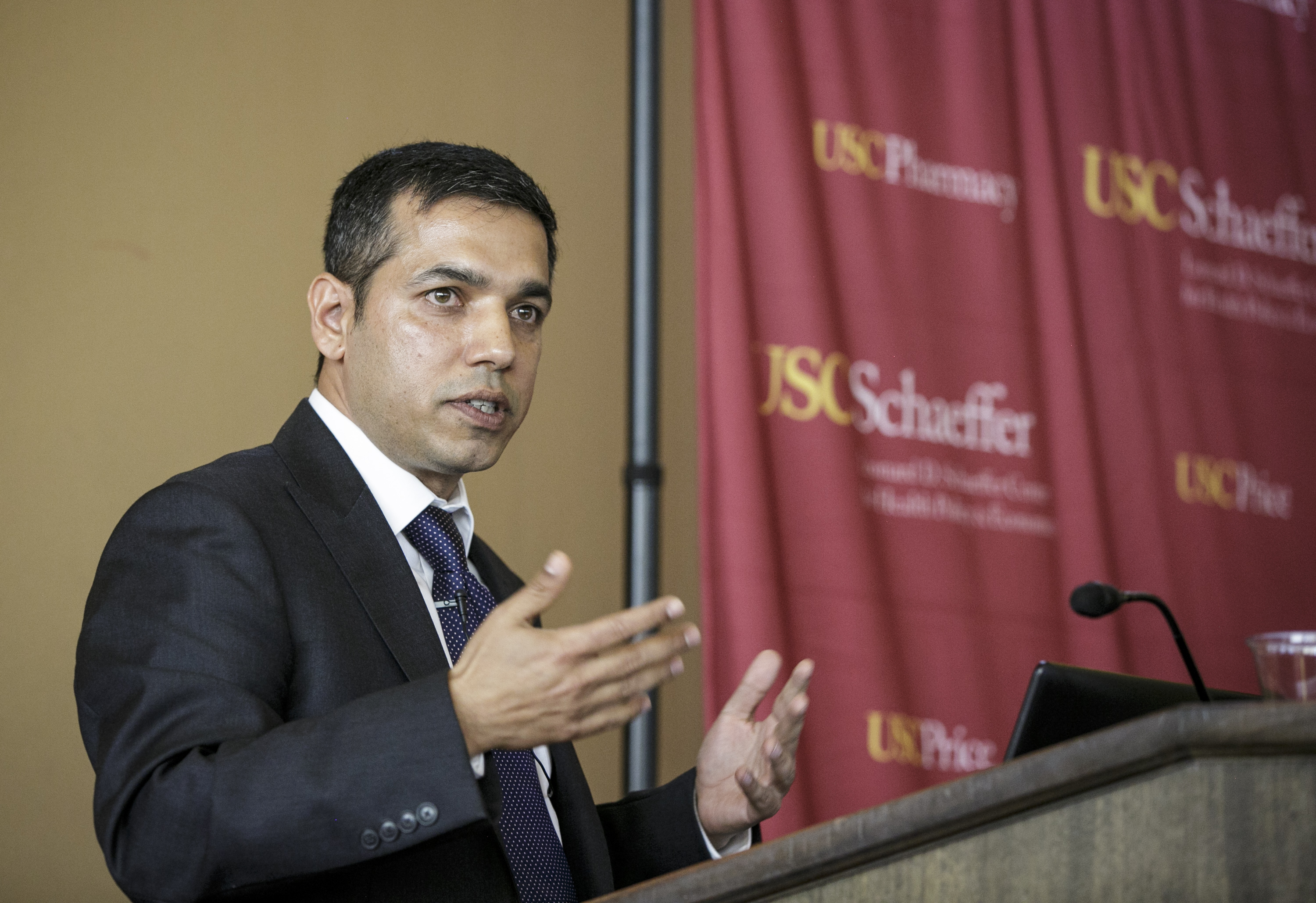 Professor Neeraj Sood presents on why Medicare should not negotiate drug prices